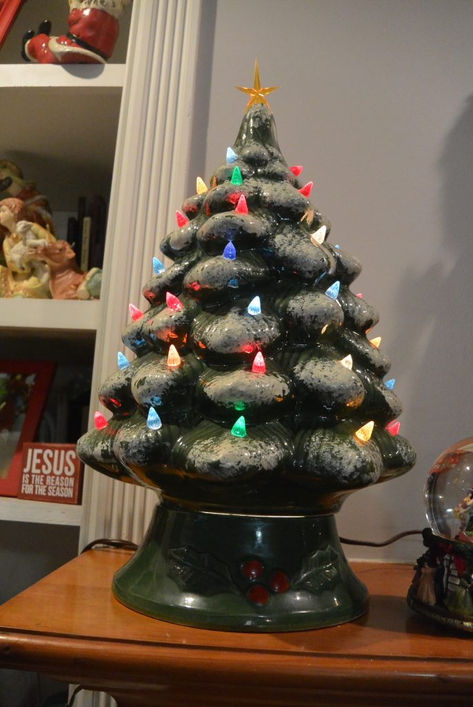 Holiday Decorating Traditions Enter To Win 100 River City Belle